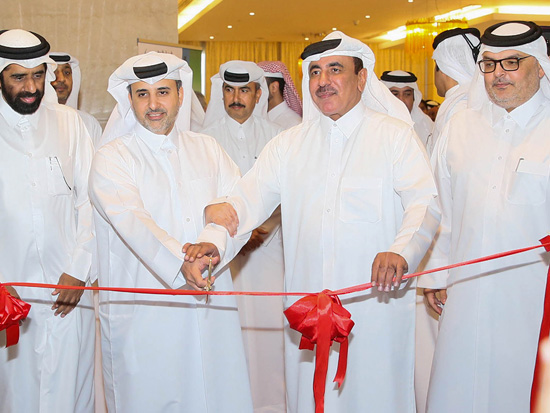 HE Eng. Abdullah bin Abdulaziz bin Turki Al-Subaie, Minister of Municipality and Environment cuts the ribbon to open the exhibition at Qatar Sustainability Summit.